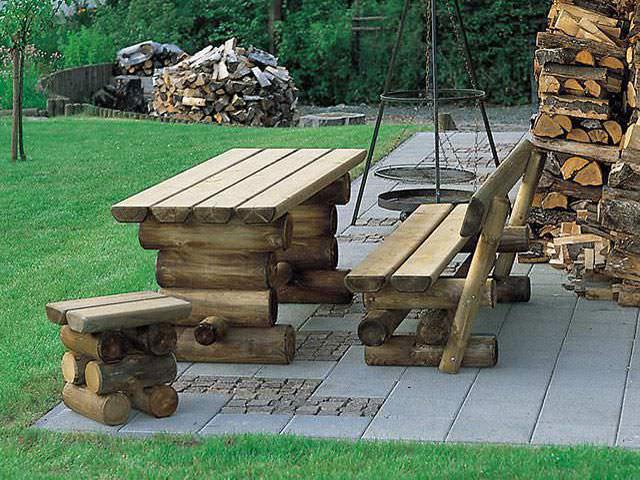 Holz-Gartenmöbel - individuell & in bester Qualität