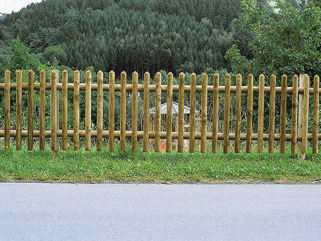 Individuelle Zäune und Tore aus bestem heimischen Holz