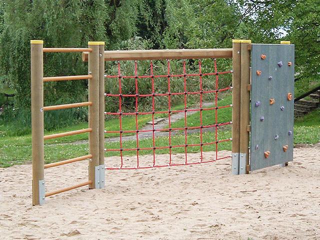 Klettergerüst Hangeln : Klettergerüste für spielplätze & den heimischen garten